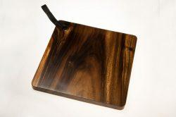 large acacia cutting board square