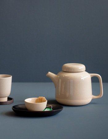 Rutunda teapot sandclay