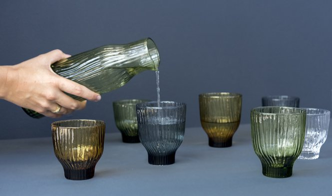 Amnis glass collection with wavy pattern