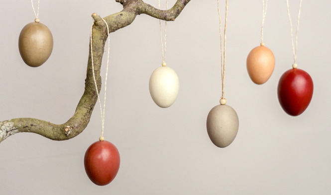 eggs wood easter decoration