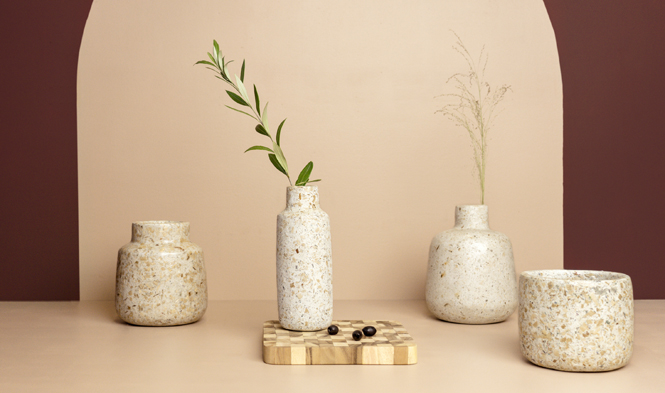 vases wood pulp recycled material