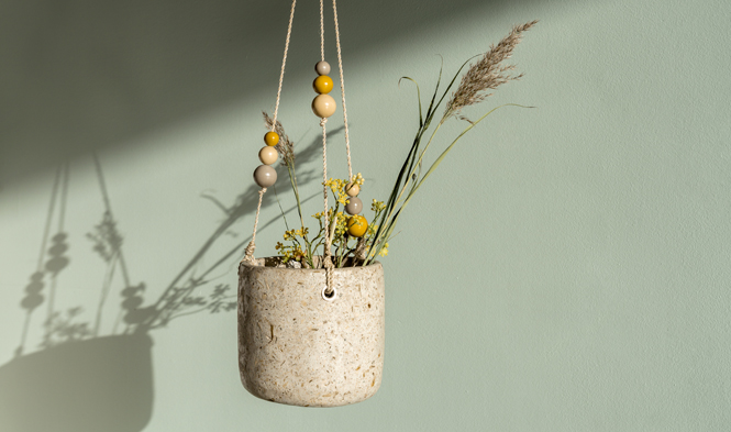 hanging flowerpot with beads