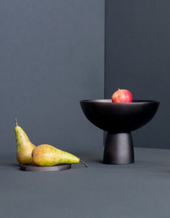 bowl on foot black